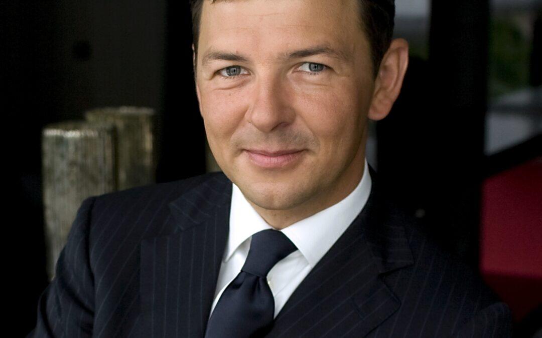 Mr. Jarosław Sroka